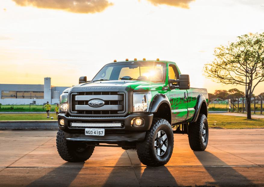 F250 verde adesivada que foi sorteada Official Truck 2018