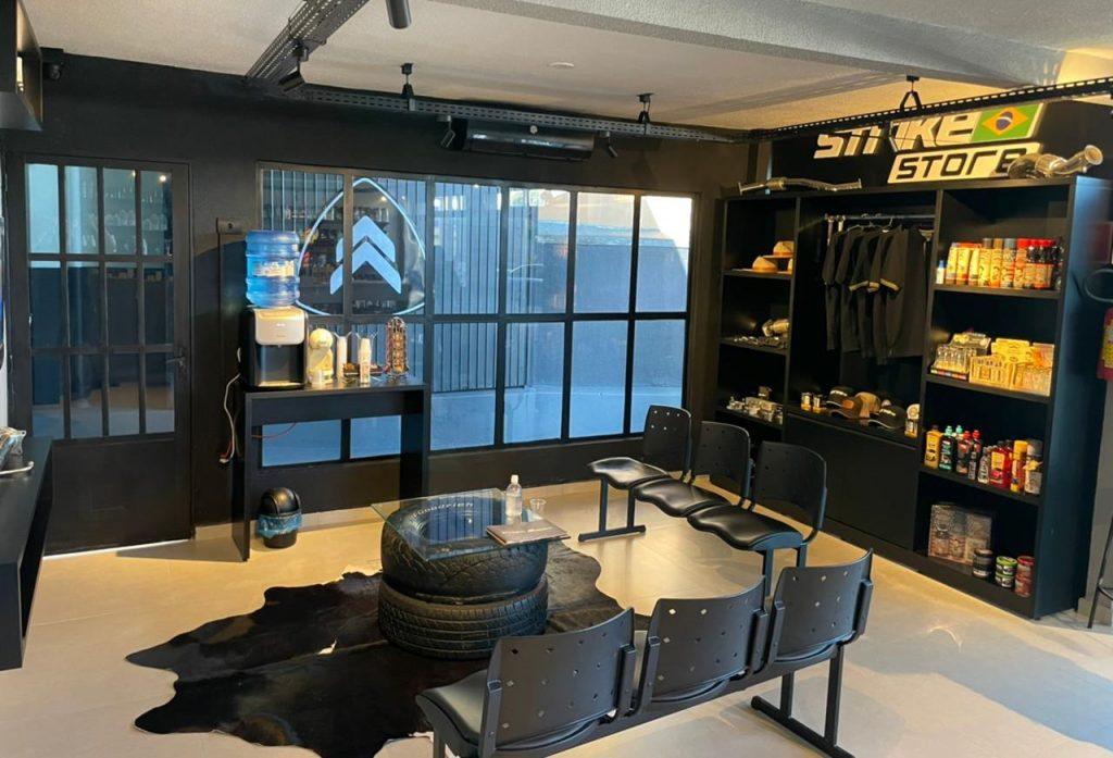 Strike Brasil modelos de franquia express - interior da loja